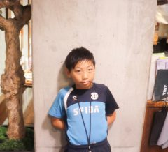 キッズカット サッカー少年 スタイル写真