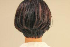 丸顔・癖毛の方にオススメショートヘア スタイル写真