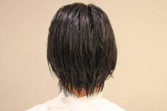かきあげバングショートヘア スタイル写真